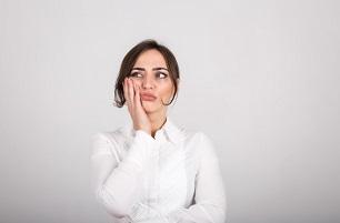 שתלים דנטליים מדריך לניתוח השתלת שיניים